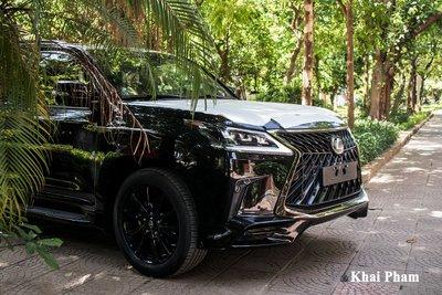 Ảnh đầu xe Lexus LX 570 Super Sport Black Edition 2020 aa