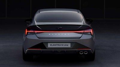 Hyundai Elantra N Line 2021 thiết kế tinh xảo.