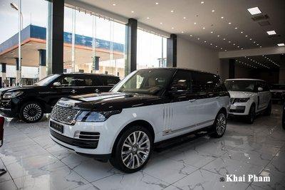 Ảnh TRƯỚC XE phải Range Rover SVAutobiography 2020