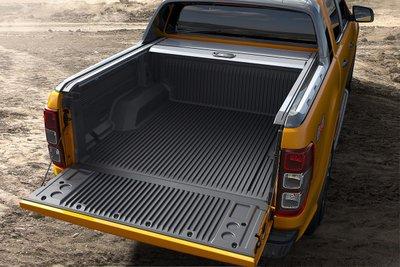 Hệ thống móc cố định hàng hóa trên Ford Ranger.