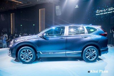 Phần thân xe Honda CR-V 2020.
