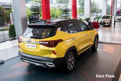 Ảnh sau cao xe Kia Seltos Luxury 2020