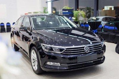 Volkswagen Passat ưu đãi khủng 177 triệu trong tháng 8 1