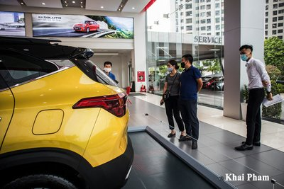"""Kia Seltos 2020 về đại lý, khách hàng không cần lái thử """"xuống tiền liền tay"""" a2"""