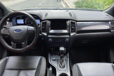 Không gian nội thất Ford Ranger Wildtrak 2.0L 4x4 AT 1