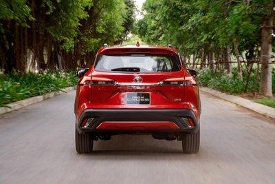 Giá xe Toyota Corolla Cross 2020 tại Việt Namkhởi điểm từ 720 triệu đồng...