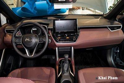 Chi tiết xe Toyota Corolla Cross 2020 vừa cập bến đại lý giá 820 triệu đồng a17