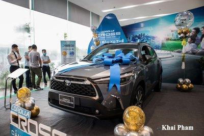 Chi tiết xe Toyota Corolla Cross 2020 vừa cập bến đại lý giá 820 triệu đồng a31
