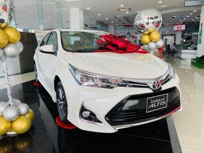 Toyota Corolla Altis: Doanh số 85 xe 1