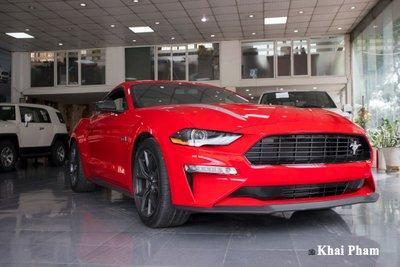 Ảnh trước xe Ford Mustang High Performance 2020