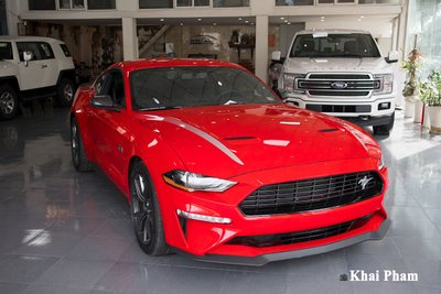 Ảnh trước xe Ford Mustang High Performance 2020 cao