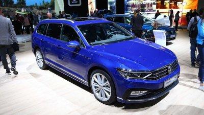 Volkswagen Passat thoát án tử, lên lịch ra đời mới.