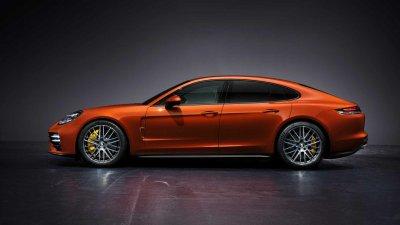 Porsche Panamera 2021 thăng tiến về sức mạnh.