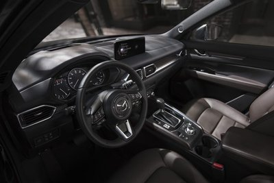 Mazda CX-5 2021 bổ sung hàng loạt công nghệ tối tân.