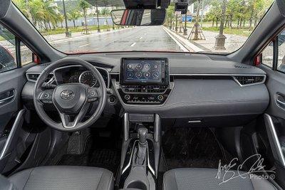 Người tiêu dùng Việt dần nâng cấp phương tiện di chuyển, Toyota Corolla Cross mở đường - Ảnh 2.