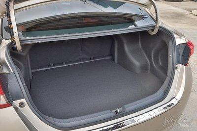 Khoang hành lý xe Toyota Vios 1