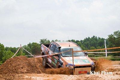 Khai mạc giải đua ô tô địa hình PVOIL VOC 2020, nơi thỏa sức đam mê off-road a17