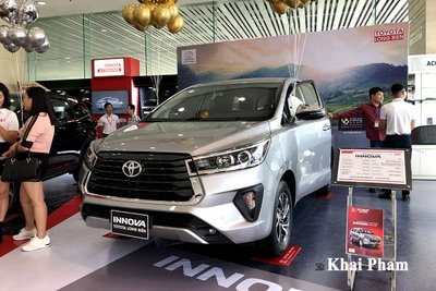 Giá lăn bánh xe Toyota Innova 2020 mới nâng cấp tại Việt Nam a2