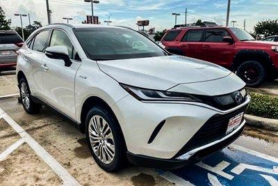Hình ảnh thực tế Toyota Venza 2021, đại lý tư nhân Việt chào bán với giá xe sang  a1