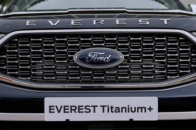 Ford Everest 2021 giá khởi điểm 965 triệu đồng tại Thái, sắp về Việt Nam a3