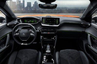 Peugeot 2008 2021 bất ngờ chạy thử tại Việt Nam, chờ ngày ra mắt đấu Kia Sltos, Hyundai Kona a