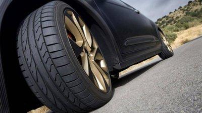 Thay đổi kích cỡ lốp xe ảnh hưởng nghiêm trọng đến độ an toàn của xe.