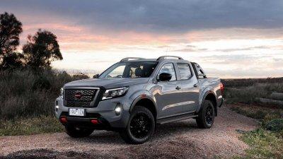 Nissan Navara 2021 facelift chính thức ra mắt.