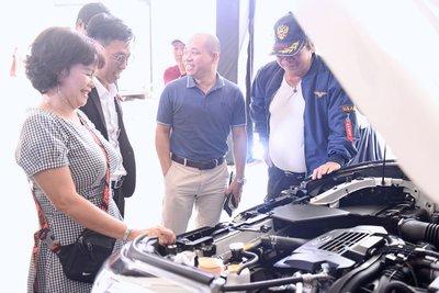 Các khách hàng tham gia khai trương Subaru Sơn Trà 1.