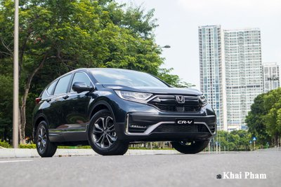 Honda CR-V tăng doanh số nhưng chưa thể giành ngai vàng.