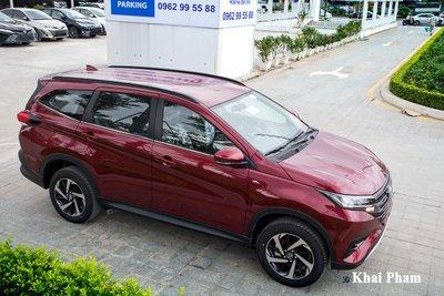 Toyota Rush hiện chỉ bán với 1 phiên bản, có giá 633 triệu đồng.