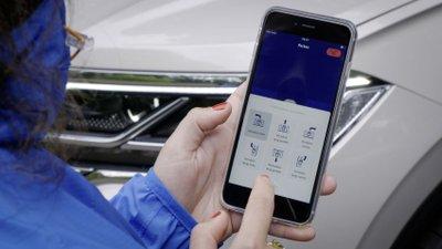 Volkswagen Touareg nâng cấp hệ thống an toàn.