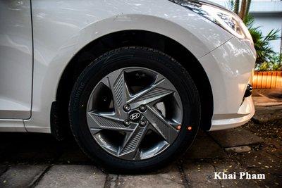 Rộ rõ hình ảnh Hyundai Accent 2021 tại Việt Nam, màn hình là chi tiết gây tranh cãi a51ec