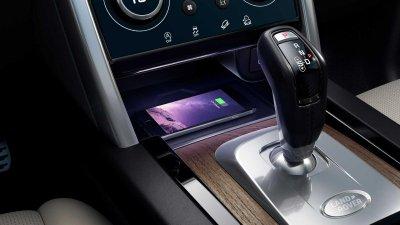 Land Rover Discovery Sport 2021 hứa hẹn trải nghiệm lái thượng đỉnh.