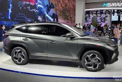 Hyundai Tucson 2021 L sở hữu ngoại hình thể thao bắt mắt.