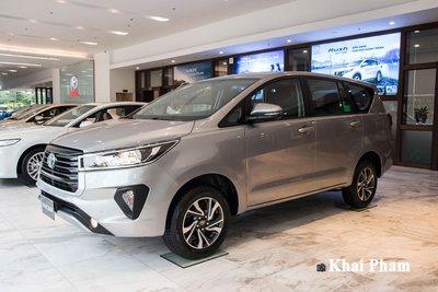 Toyota Innova 2020 1