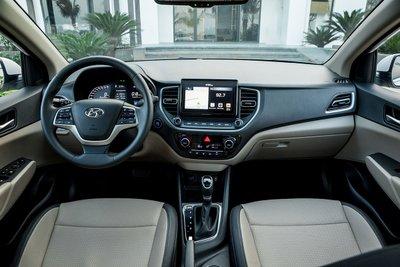 Nội thất của xe Hyundai Accent 2021.
