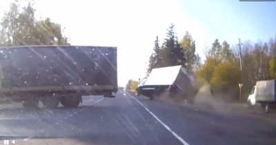 Video: Pha xử lý thần thánh của tài xế xe tải.