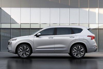 Chiêm ngưỡng vẻ đẹp của Hyundai Santa Fe 2021 sắp bán ở Việt Nam a21