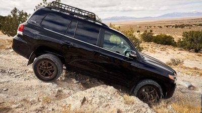 Toyota Land Cruiser thế hệ mới vẫn giữ nguyên nền tảng hiện tại.