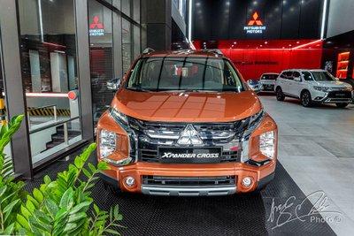 Tặng 1 năm bảo hiểm vật chất cho Mitsubishi Xpander Cross.