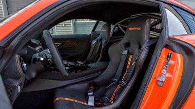 Mercedes-AMG GT Black Series 2021 nội bật và thu hút.