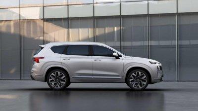 """Hyundai Santa Fe 2021 nâng cấp hiện đại có giá """"nhỉnh"""" hơn trước."""