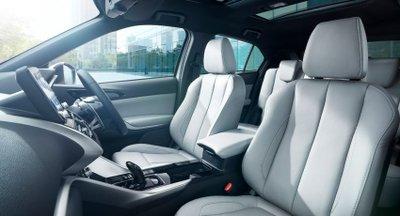 Mitsubishi Eclipse Cross 2021 sang trọng, đẹp mắt và đa năng.
