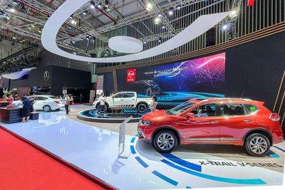 Gian hàng ô tô Nissan tại triển lãm VMS 2019 1