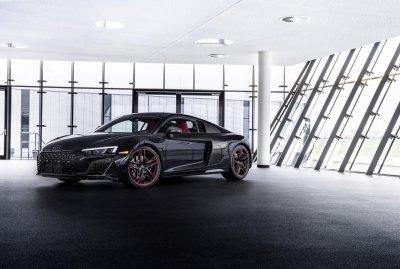 Audi R8 Panther Edition 2021 độ thể thao chào giá 4,2 tỷ đồng.