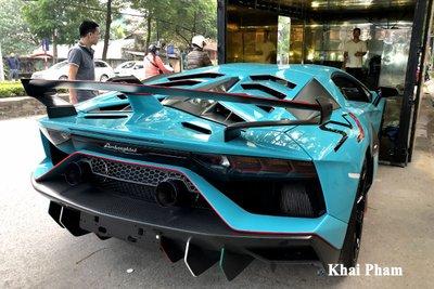 Lamborghini Aventador SVJ đầu tiên về Việt Nam tái xuất, gầm rú đường phố với 2 chi tiết mới  a10