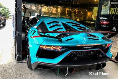 Lamborghini Aventador SVJ đầu tiên về Việt Nam tái xuất, gầm rú đường phố với 2 chi tiết mới  a7