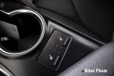 Toyota Camry XLE nhập Mỹ tiếp tục về Việt Nam, giá cao gấp đôi xe chính hãng vẫn hút khách a24