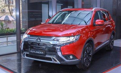 Mitsubishi Outlander tiếp tục là cái tên cuối phân khúc CUV.