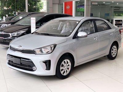 """Kia Soluto MT bản tiêu chuẩn có thiết kế khá """"thô"""", phù hợp cho các tài xế chạy dịch vụ."""